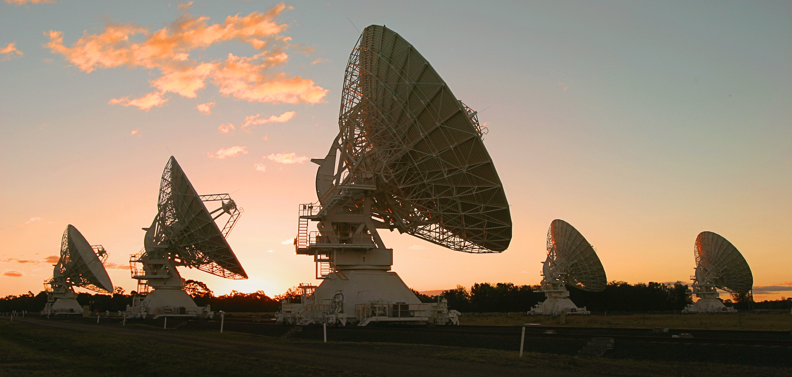 Astrophysics study astronomy in australia